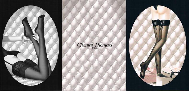 Bas stay-up de Chantal Thomass, laçage sur la jarretière et stries du talon jusqu'à la pointe du pied, jarretière fines rayures et renfort du talon jusqu'au bout du pied.