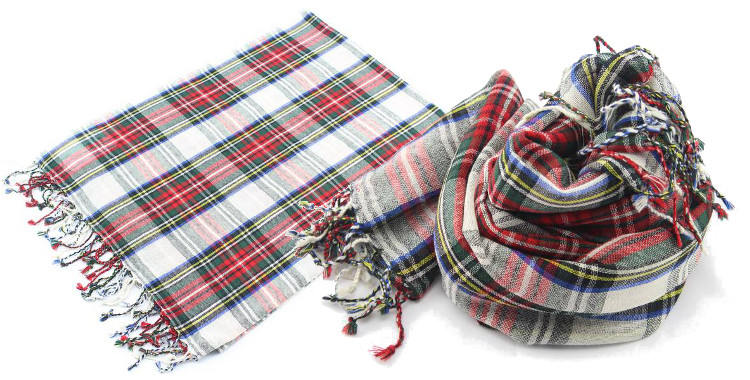 foulards en etamine de laine de Glen Prince, collection 2014, carreaux, tartans ecossais, coloris multi, dimensions 180cm x 70 cm.