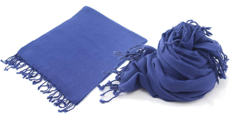 foulards en etamine de laine de Glen Prince, collection 2014, coloris bleu, dimensions 180cm x 70 cm.