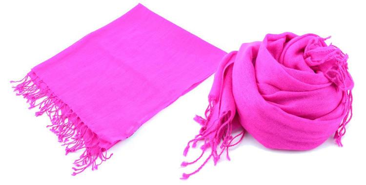 foulards en etamine de laine de Glen Prince, collection 2014, coloris rose fushia uni, dimensions 180cm x 70 cm.