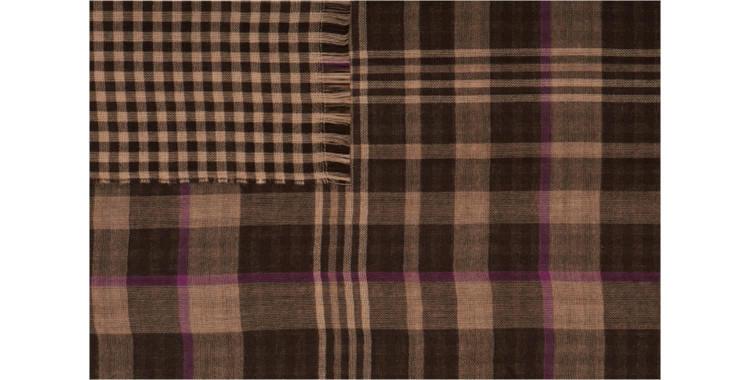 écharpes de la maison Glen Prince, collection 2015, en laine mérinos et laine angora, motifs tweed, en coloris marron.