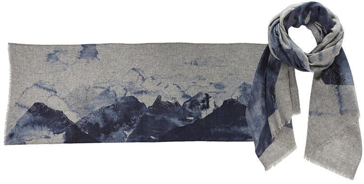 Foulard Inouitoosh, collection 2015, en laine fine et cachemire, le mont Olympe, coloris bleu.