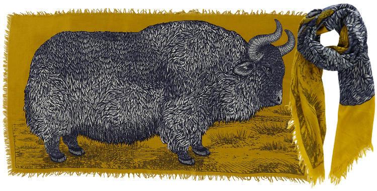Foulards en étamine de laine e, Inouitoosh collection 2016, le bison, dimensions 190 cm x 100 cm, coloris jaune.