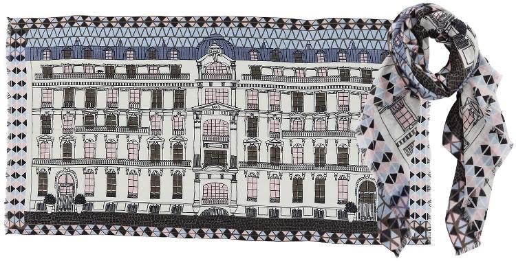 Foulards en étamine de laine et soie, Inouitoosh collection 2016, la façade d'un immeuble Haussmannien, dimensions 190 cm x 100 cm, coloris blanc.