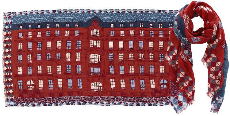 Foulards en étamine de laine et soie, Inouitoosh collection 2016, la façade d'un immeuble Haussmannien, dimensions 190 cm x 100 cm, coloris rouge.