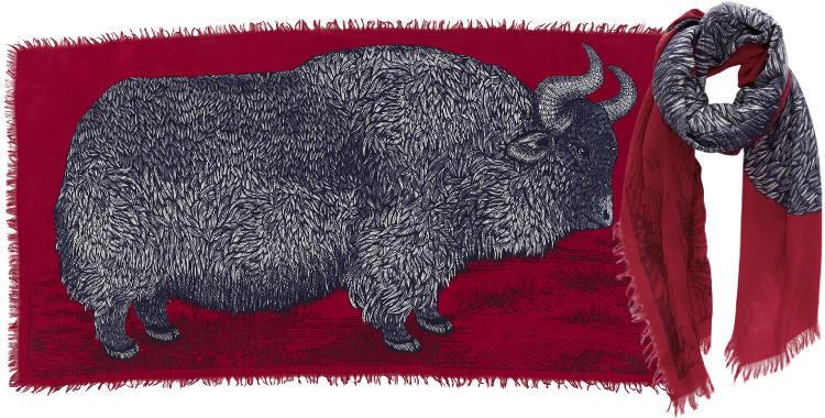 Foulards en étamine de laine e, Inouitoosh collection 2016, le bison, dimensions 190 cm x 100 cm, coloris rouge.