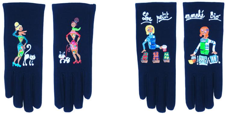 Les gants fantaisie de la marque Quand les poules auront des gants sont peints à la main et au pochoir, modèles la promenade de l'animat domestique et le petit marché bio.