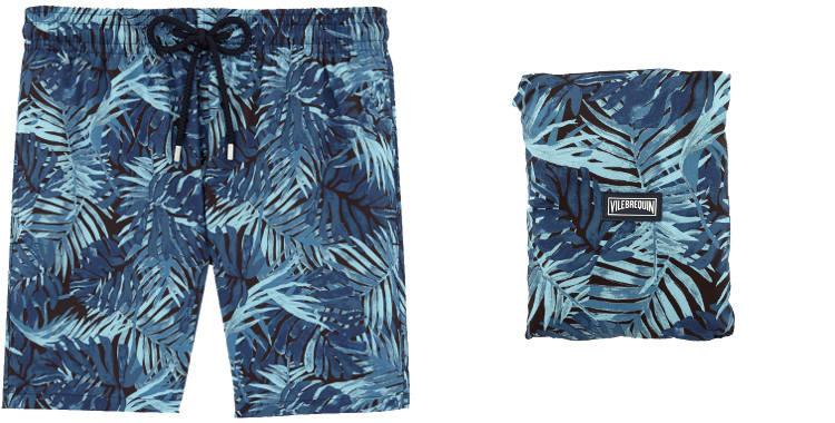 """Maillot de bain pour hommes, Vilebrequin 2017, modèle Mahina, thème """"Madrague"""", en tissu ultra léger, pliable dans la poche arrière zippée, poches sur les côtés, coloris bleu."""