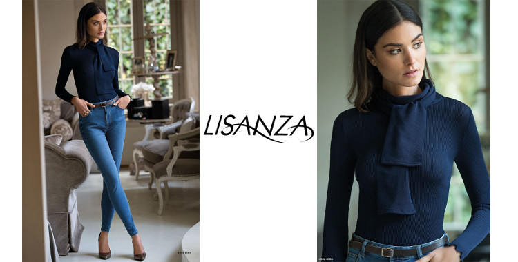 Pull col rond avec une écharpe, en laine et soie, plissé côtelé, manches longues, de la marque italienne Lisanza, collection 2017, en coloris bleu foncé.