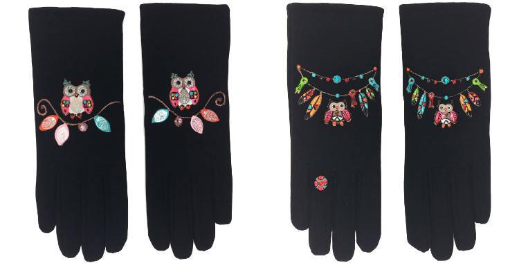 Les gants fantaisie, les chouettes ou les hiboux, de la maison Quand les poules auront des gants, sont peints à la main et taille unique