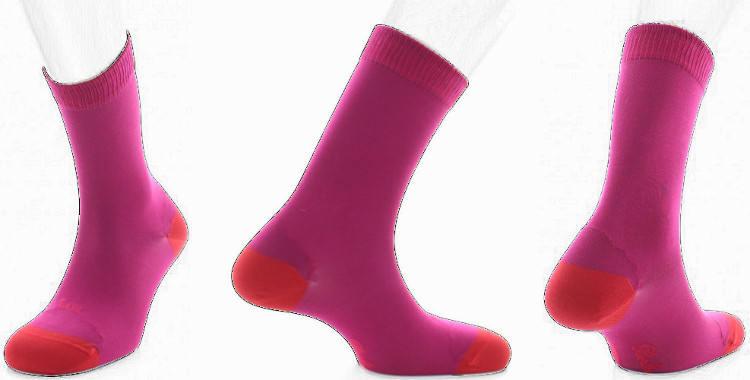 chaussette en soie Berthe au grands pieds collection hiver 2018 fushia, talon et pointe rouges
