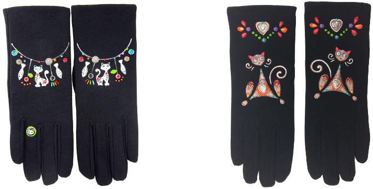 Le Bracelet Chats ou le Chat aux yeux qui bougent ornent ces gants peints à la main, en France