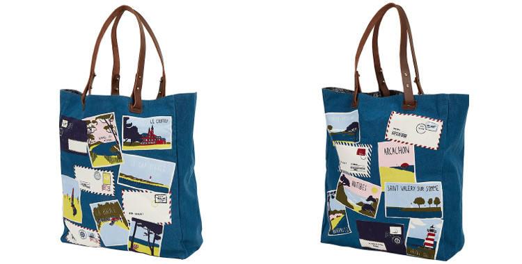 Ce sac Inouitoosh, en coton canvas imprimé, représente les cartes postales des célèbres stations balnéaires dans toute la France.