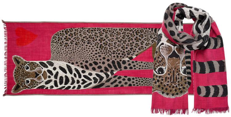 foulard laine et soie, inouitoosh hiver 2019, panthère et coeur, en fushia.