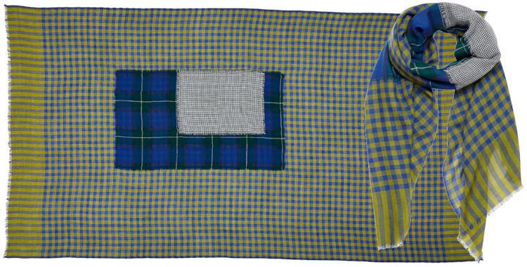 foulard laine inouitoosh hiver 2020, patchwork à carreaux, en bleu et vert.