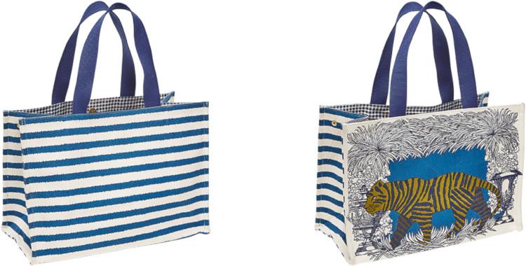 sacs shopping, en coton canvas imprimé, le tigre sur fond bleu, inouitoosh été 2020.