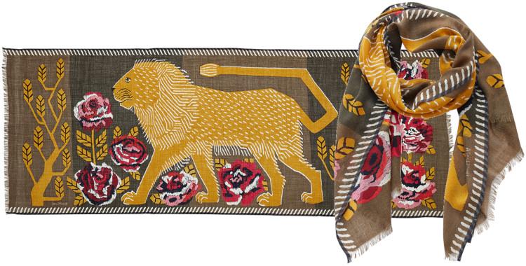 foulard imprimé, en laine, Inouitoosh hiver 2020, un lion dans un jardin fleuri kaki.